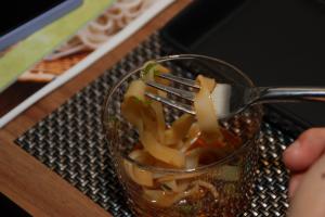 เส้นคิชิเม็ง ทานแบบญี่ปุ่นกับน้ำซุปโชยุ
